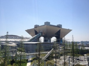 "This building is ""conference tower"" which is emblematic of Tokyo Big Sight."