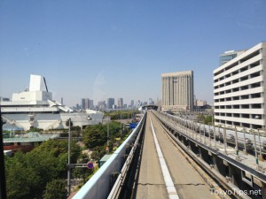 Left side is Museum of Maritime Science. A beige building in back is Grand Pacific Le Daiba. It is a five star hotel.